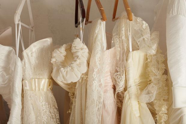 Hol keresnek a hölgyek menyasszonyi ruhát?