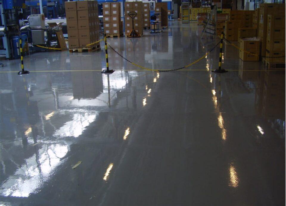Miért előnyös a műgyanta padló?